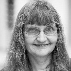 Ester Kjellaug Hasle